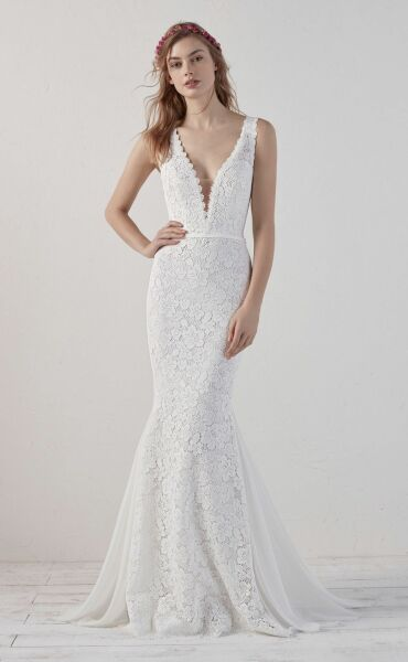 Pronovias Eladia a Art. 28455 Valkengoed Wedding Fashion Amersfoort.jpg