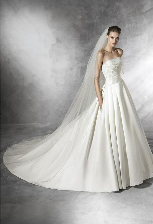 trouwjurk Pronovias Dalamo b Art.26175